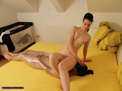 Alzena facesitting nude with some breath play